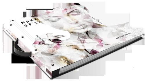 Tapetenmusterbuch der Kollektion make up 17 mit Frauengesicht und Blütenmuster in Rose und Gold