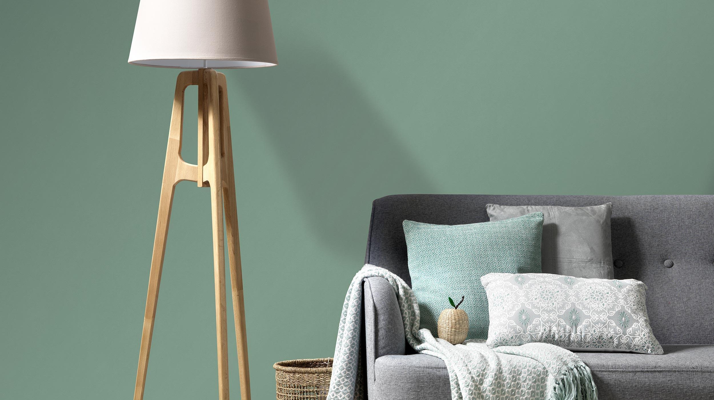 Vliestapete grüne Unistruktur Kollektion Colour Stories, Wohnzimmer Sofa Stehlampe