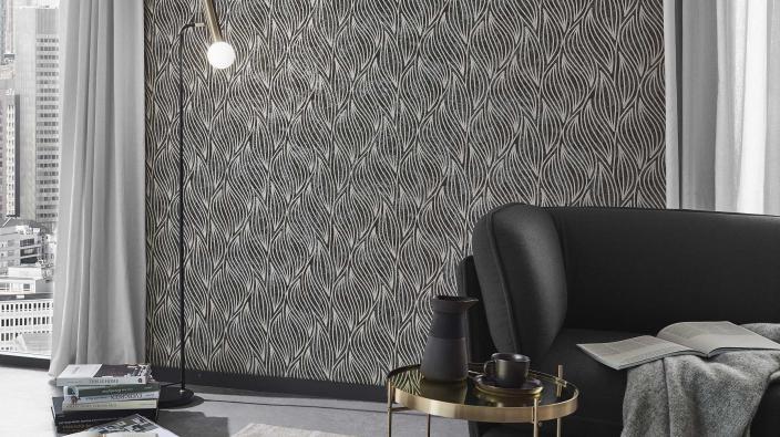 Modernes Wohnzimmer in Schwarz und Silber mit Vliestapeten in modernem Desing