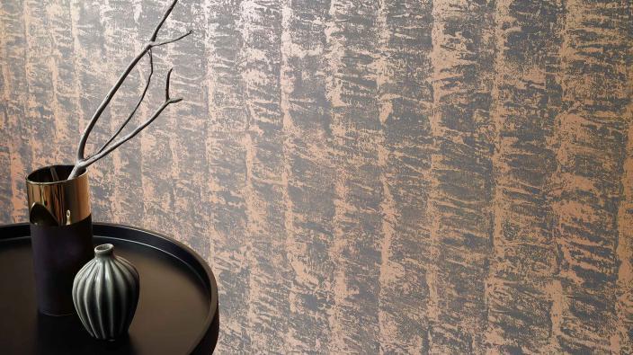 Moderne Vliestapete in Bronze mit 3D-Streifeneffekt
