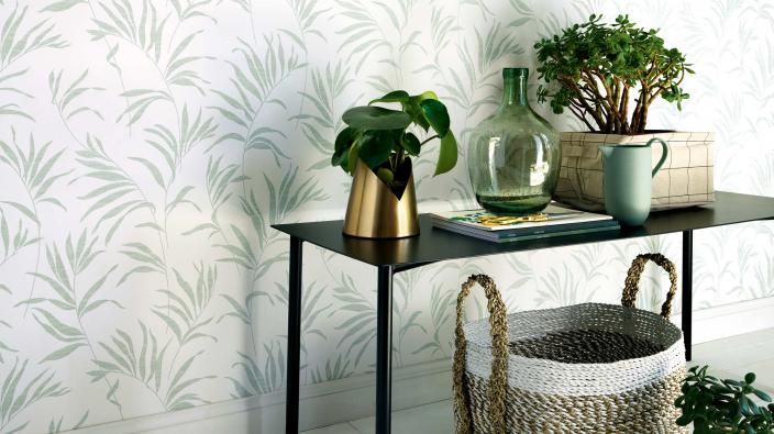 non woven wallpaper green leaves