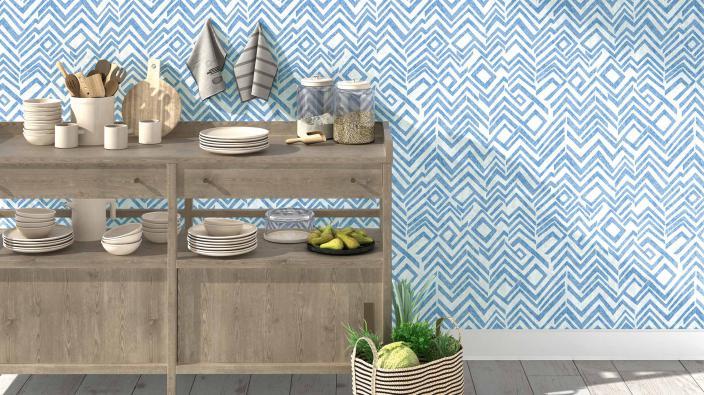 Küchensideboard aus Holz mit blauer Vliestapete, moderne Grafik