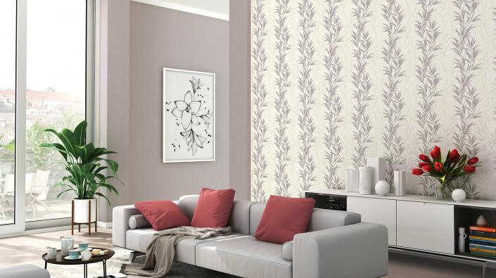 Modernes Wohnzimmer mit Vliestapete Farnenmuster.