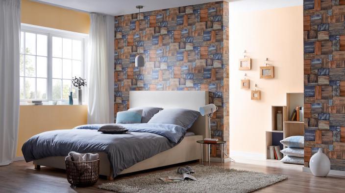 Modernes Schlafzimmer mit Wandgestaltung Vliestapete in Holzoptik