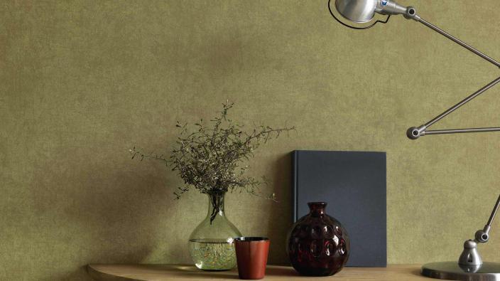 Wandgestaltung mit Vliestapete und leichtem Marmoreffekt