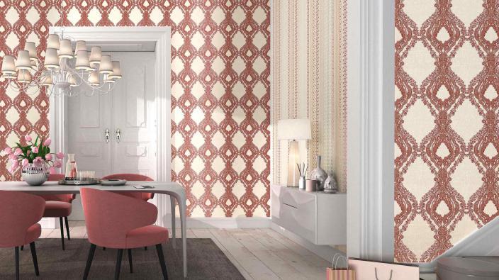 Esszimmer mit modernen Barocktapeten in Rot und Creme