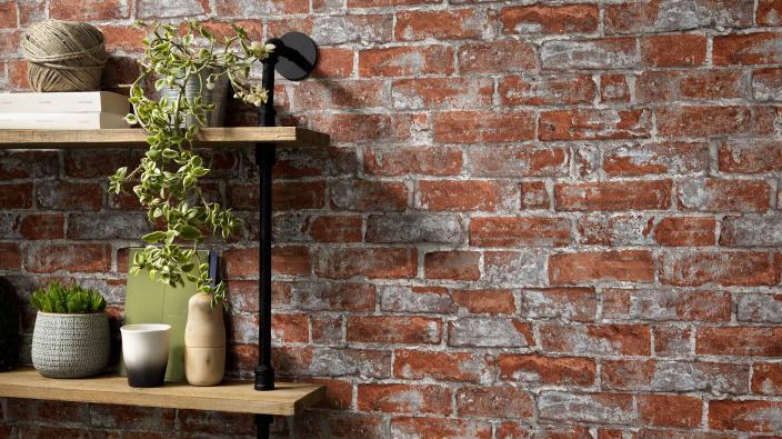 Vliestapete in rot-grauer Backsteinoptik, perfekt für jeden Industrial-Look