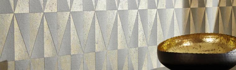 Moderne grafische Tapete mit Metallic-Effekt in Bronze