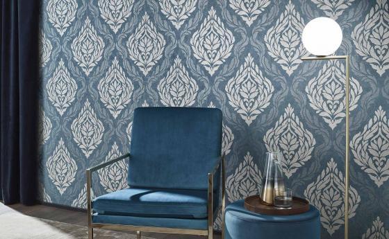 Moderne Barocktapete in Blau und Silber, Tapetentrend 2020, Modern Glam