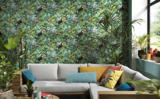 Vliestapete mit exotischem Tukan-Motiv, Wohnzimmer im Bohemian-Jungle-Stil